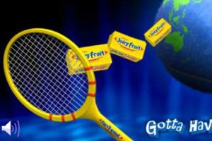 Jeu de tennis sur le mur